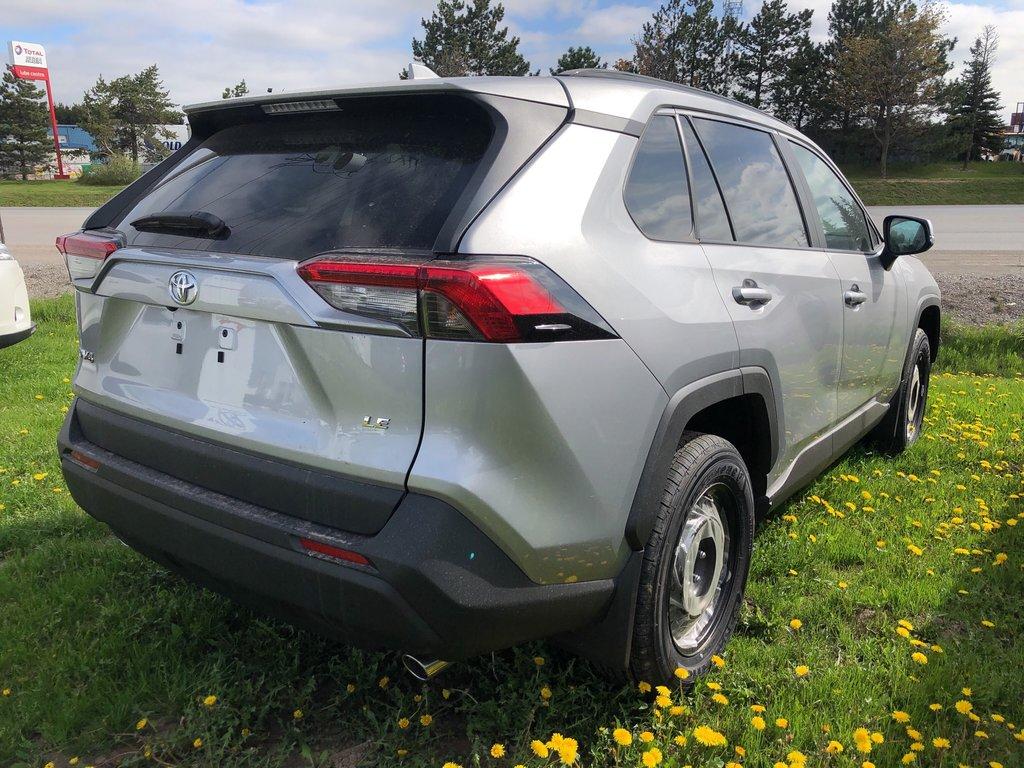 2019 Toyota RAV4 LE in Bolton, Ontario - 4 - w1024h768px