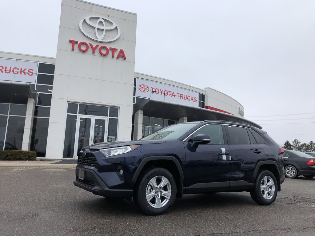 2019 Toyota RAV4 XLE in Bolton, Ontario - 1 - w1024h768px
