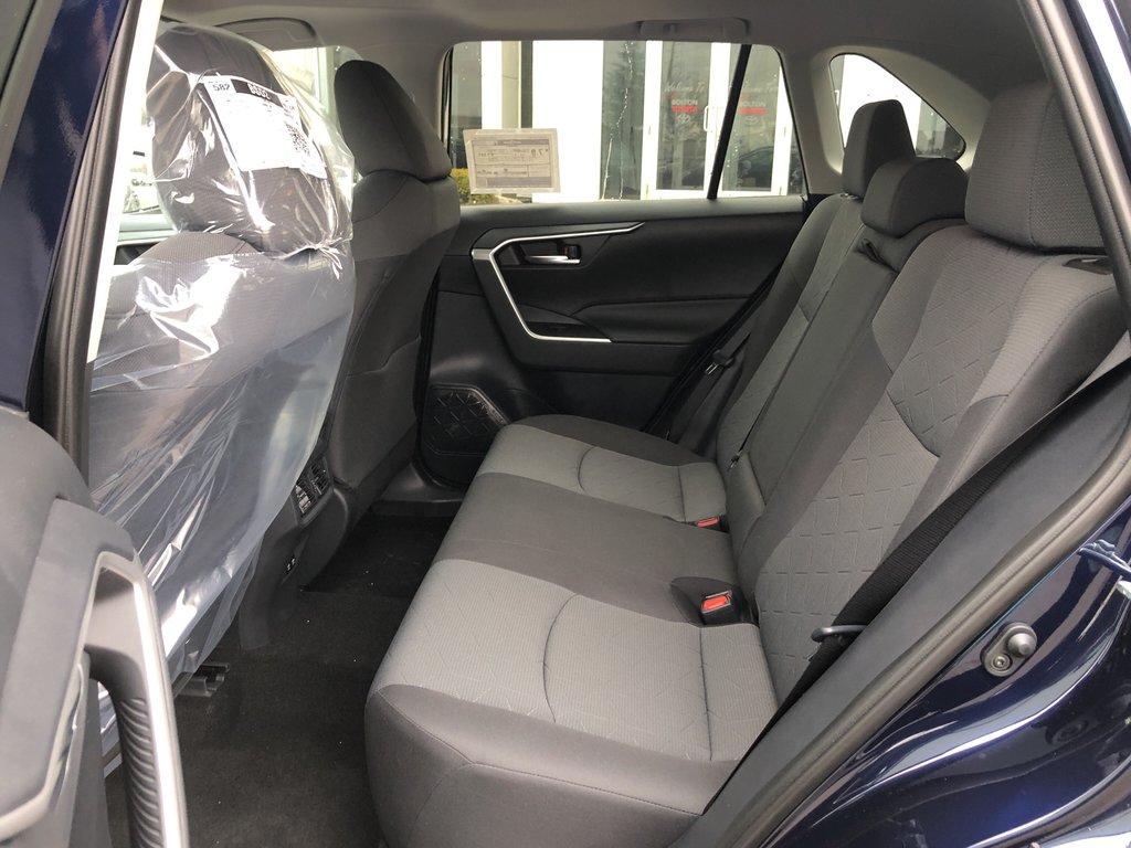 2019 Toyota RAV4 XLE in Bolton, Ontario - 12 - w1024h768px