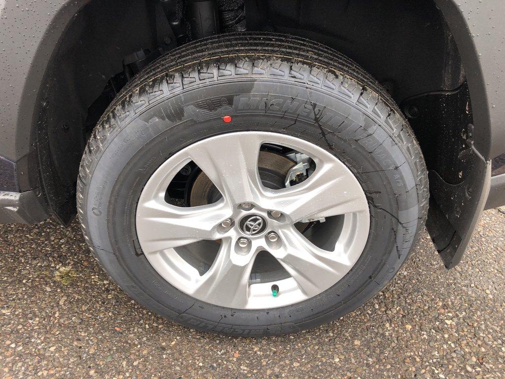 2019 Toyota RAV4 XLE in Bolton, Ontario - 9 - w1024h768px
