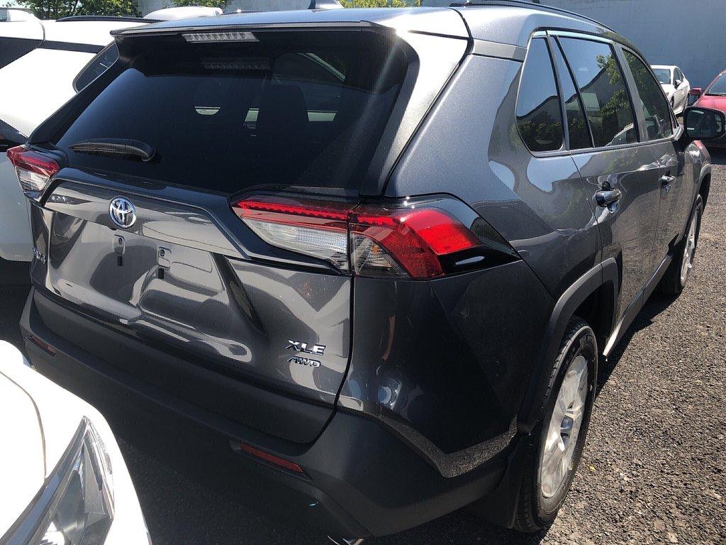 Toyota RAV4 XLE 2019 à Verdun, Québec - 4 - w1024h768px