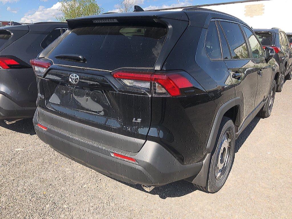 Toyota RAV4 LE 2019 à Verdun, Québec - 3 - w1024h768px