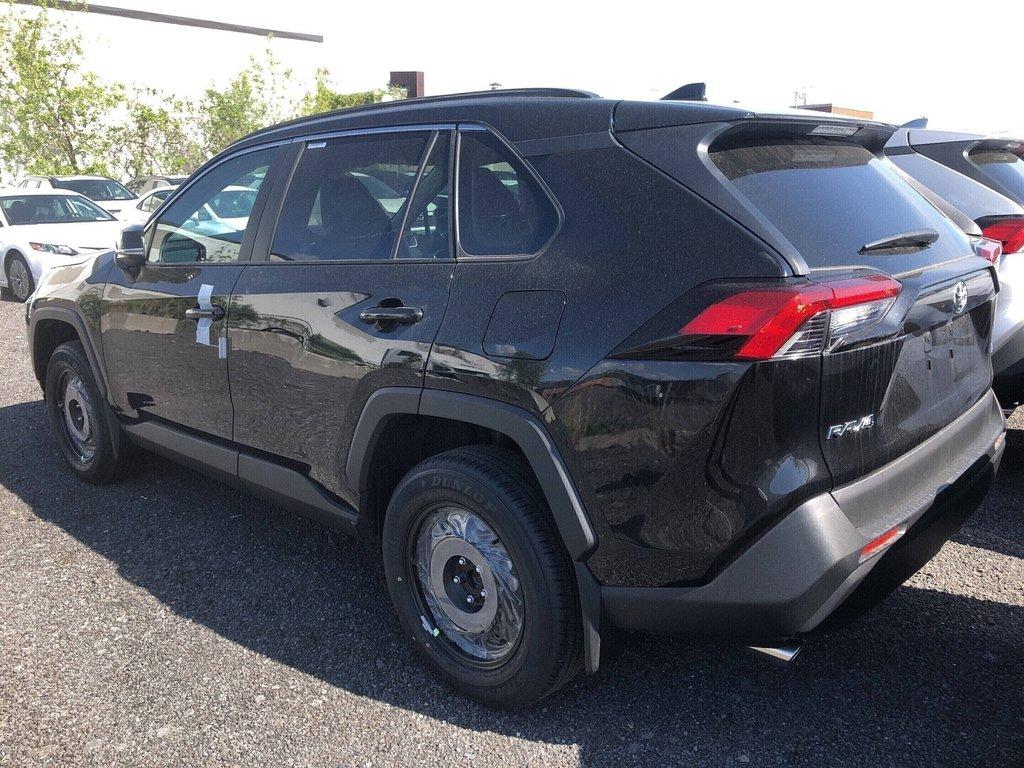 Toyota RAV4 LE 2019 à Verdun, Québec - 5 - w1024h768px