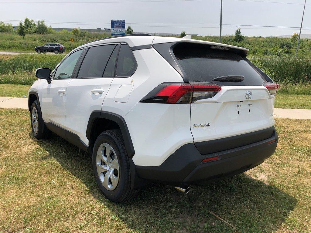 2019 Toyota RAV4 LE in Bolton, Ontario - 5 - w1024h768px