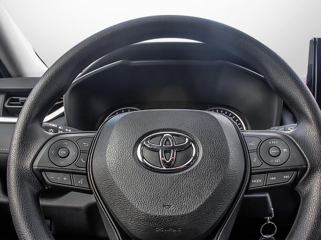 Toyota RAV4 AWD LE 2019 à Verdun, Québec - 13 - w1024h768px