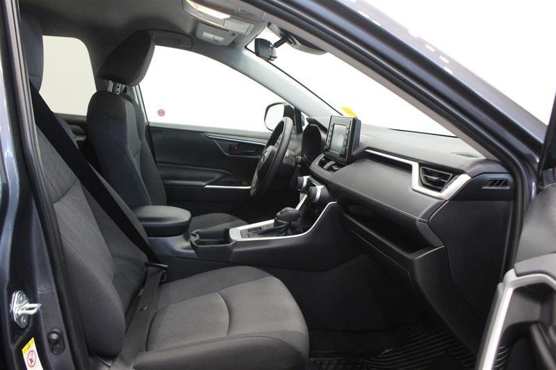 2019 Toyota RAV4 AWD LE in Regina, Saskatchewan - 15 - w1024h768px
