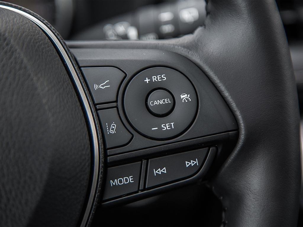 Toyota RAV4 XLE 2019 à Verdun, Québec - 15 - w1024h768px