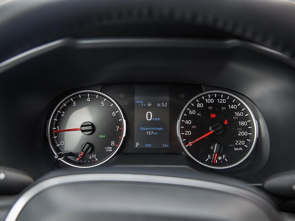 Toyota RAV4 XLE 2019 à Verdun, Québec - 14 - w1024h768px