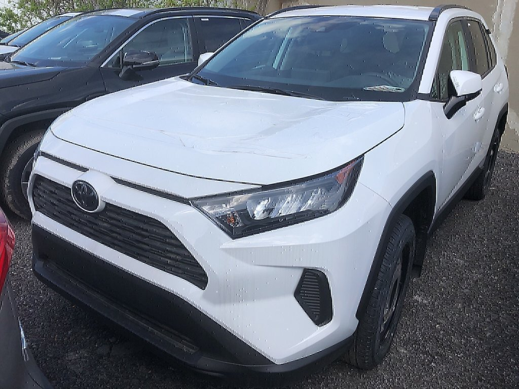 Toyota RAV4 FWD LE 2019 à Verdun, Québec - 6 - w1024h768px
