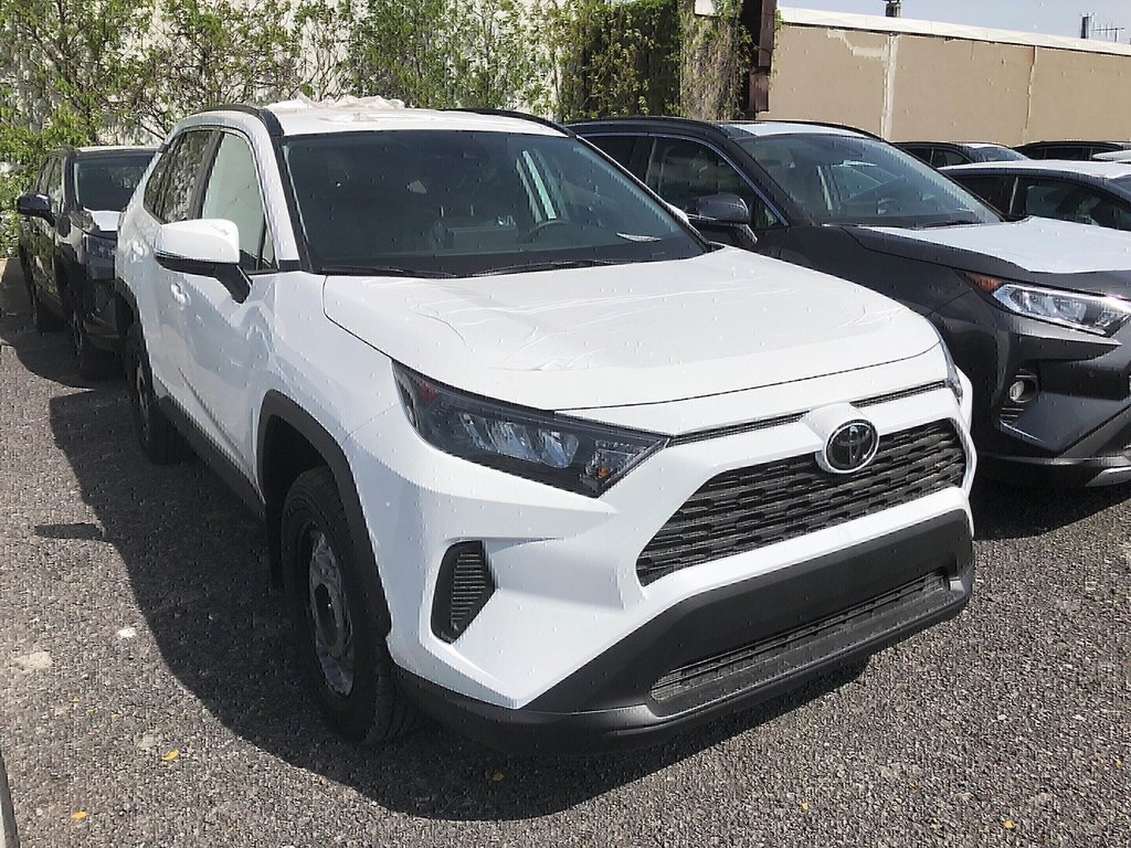Toyota RAV4 FWD LE 2019 à Verdun, Québec - 3 - w1024h768px