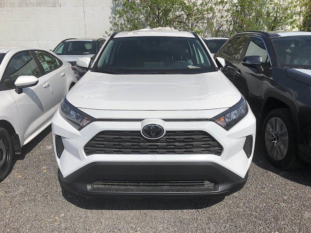 Toyota RAV4 FWD LE 2019 à Verdun, Québec - 2 - w1024h768px