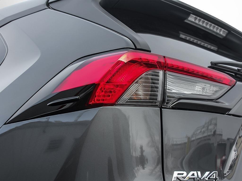 Toyota RAV4 AWD LE 2019 à Verdun, Québec - 11 - w1024h768px