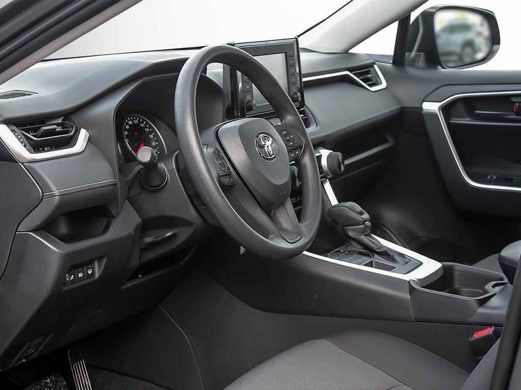 Toyota RAV4 AWD LE 2019 à Verdun, Québec - 12 - w1024h768px