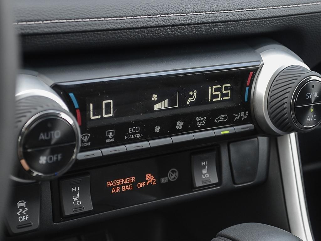 Toyota RAV4 AWD XLE 2019 à Verdun, Québec - 23 - w1024h768px