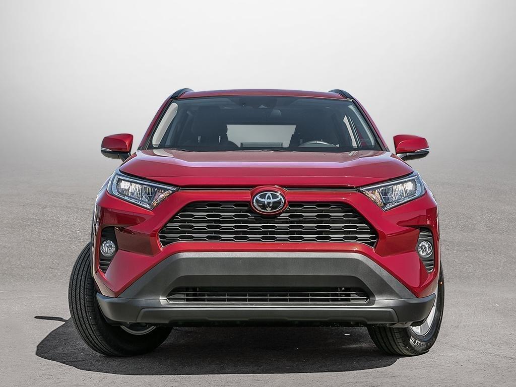 Toyota RAV4 AWD XLE 2019 à Verdun, Québec - 2 - w1024h768px