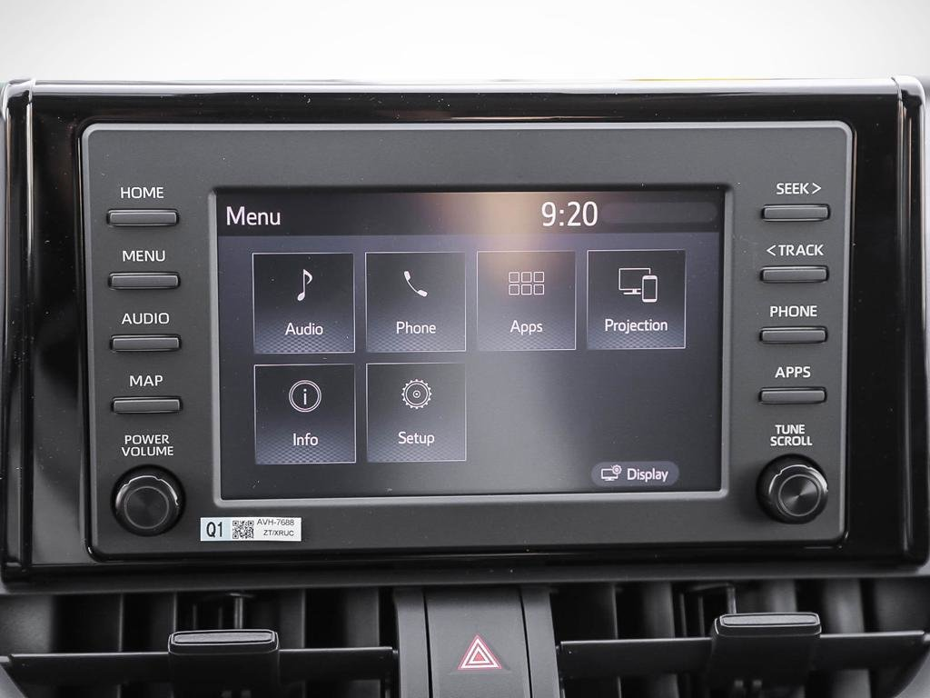 Toyota RAV4 FWD XLE 2019 à Verdun, Québec - 18 - w1024h768px