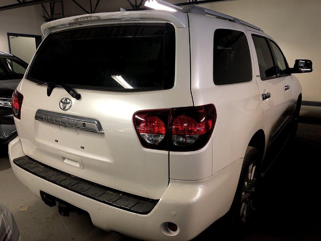 Toyota Sequoia Platinum 2019 à Verdun, Québec - 3 - w1024h768px