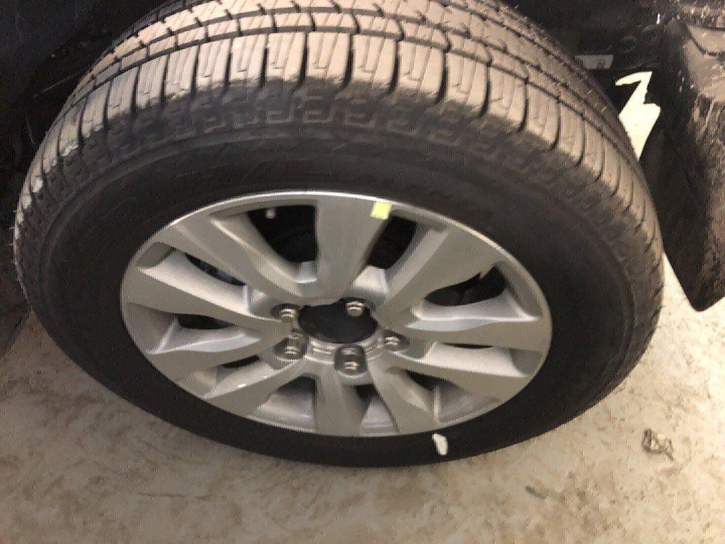 Toyota Sequoia Platinum 2019 à Verdun, Québec - 2 - w1024h768px