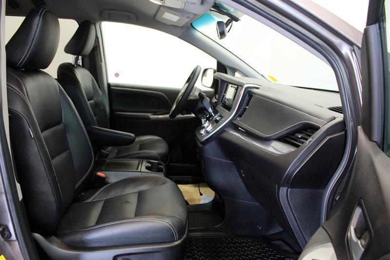 2015 Toyota Sienna SE 8-Pass V6 6A in Regina, Saskatchewan - 15 - w1024h768px