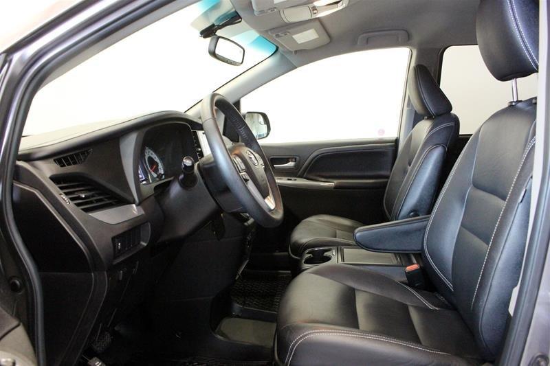 2015 Toyota Sienna SE 8-Pass V6 6A in Regina, Saskatchewan - 10 - w1024h768px