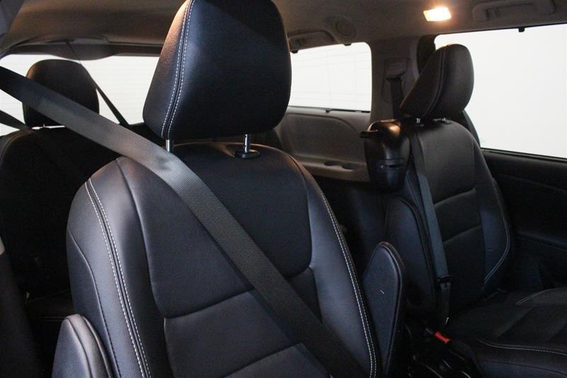 2015 Toyota Sienna SE 8-Pass V6 6A in Regina, Saskatchewan - 13 - w1024h768px