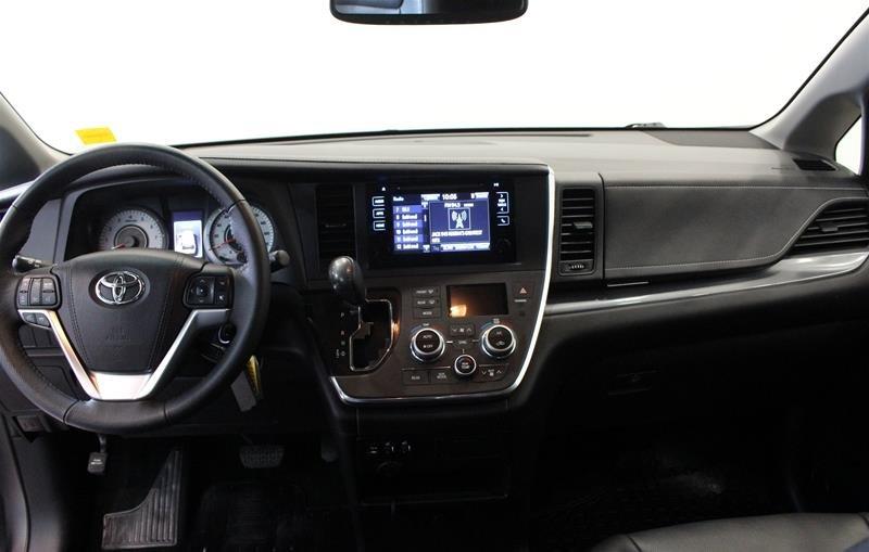 2015 Toyota Sienna SE 8-Pass V6 6A in Regina, Saskatchewan - 14 - w1024h768px