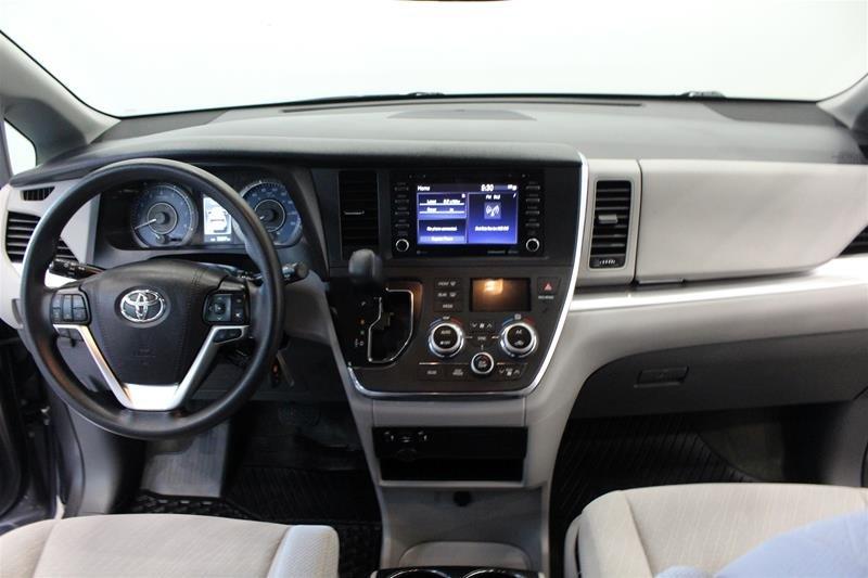 2019 Toyota Sienna LE 8-Passenger V6 in Regina, Saskatchewan - 14 - w1024h768px