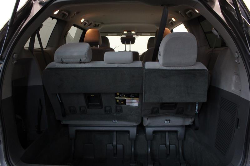 2019 Toyota Sienna LE 8-Passenger V6 in Regina, Saskatchewan - 16 - w1024h768px
