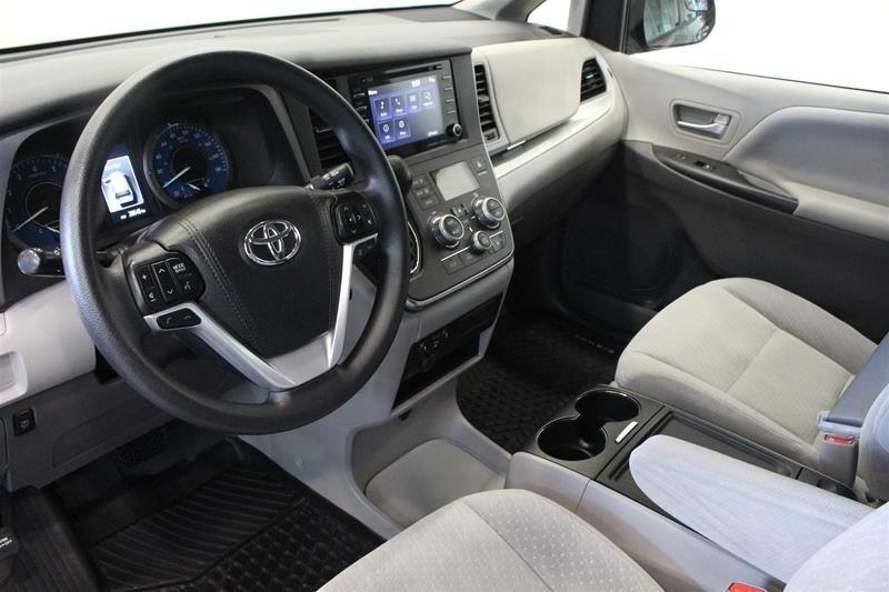 2019 Toyota Sienna LE 8-Passenger V6 in Regina, Saskatchewan - 9 - w1024h768px