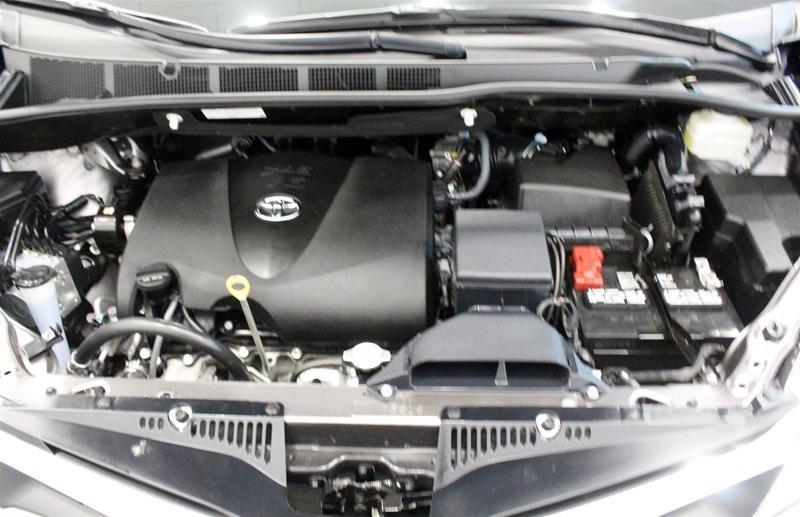 2019 Toyota Sienna LE 8-Passenger V6 in Regina, Saskatchewan - 18 - w1024h768px