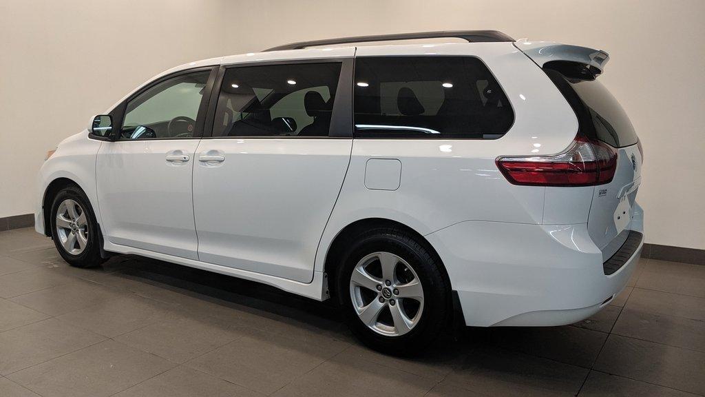 2019 Toyota Sienna LE 8-Passenger V6 in Regina, Saskatchewan - 21 - w1024h768px