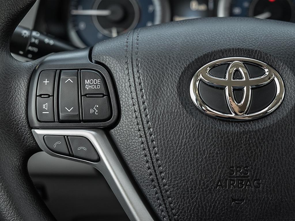 Toyota Sienna LE 8-Passenger V6 2020 à Verdun, Québec - 15 - w1024h768px