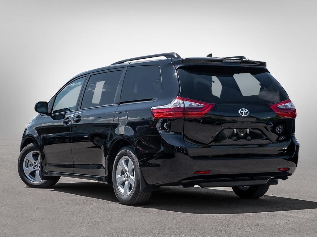 Toyota Sienna LE 8-Passenger V6 2020 à Verdun, Québec - 4 - w1024h768px