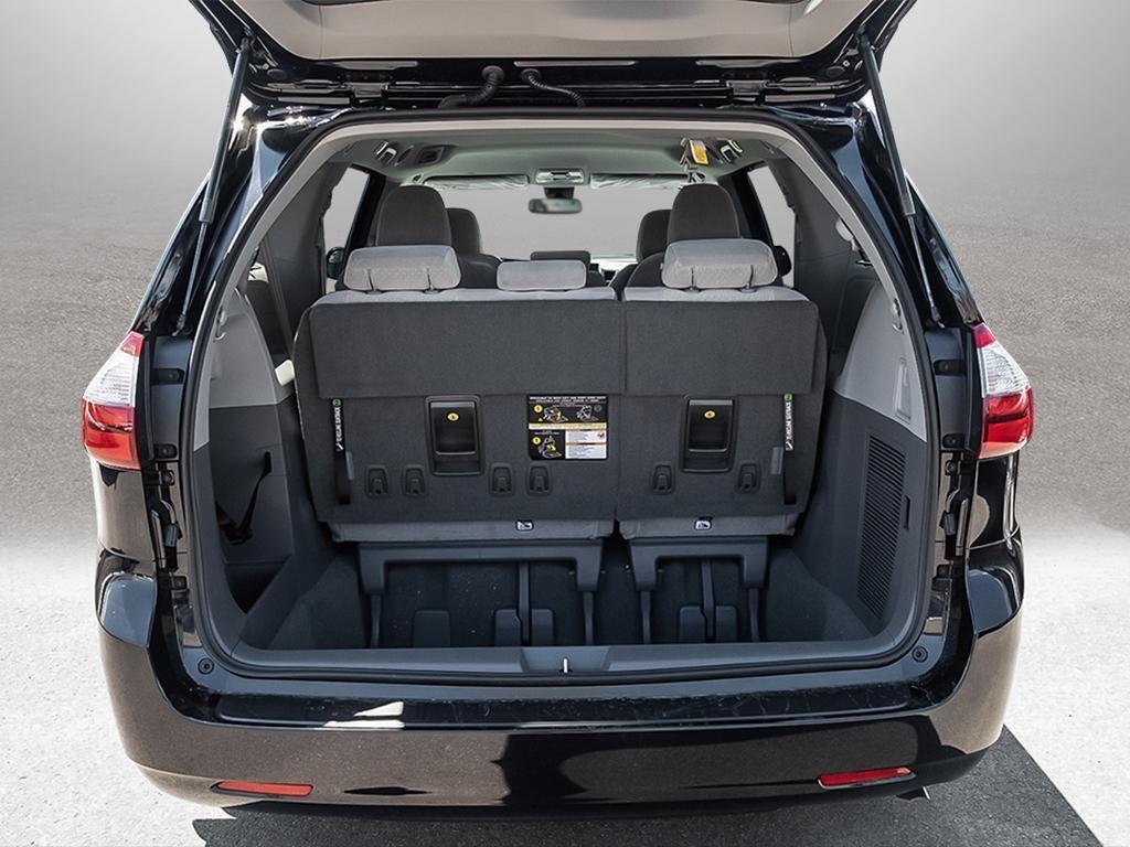 Toyota Sienna LE 8-Passenger V6 2020 à Verdun, Québec - 7 - w1024h768px