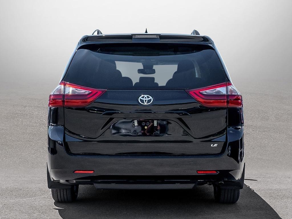 Toyota Sienna LE 8-Passenger V6 2020 à Verdun, Québec - 5 - w1024h768px