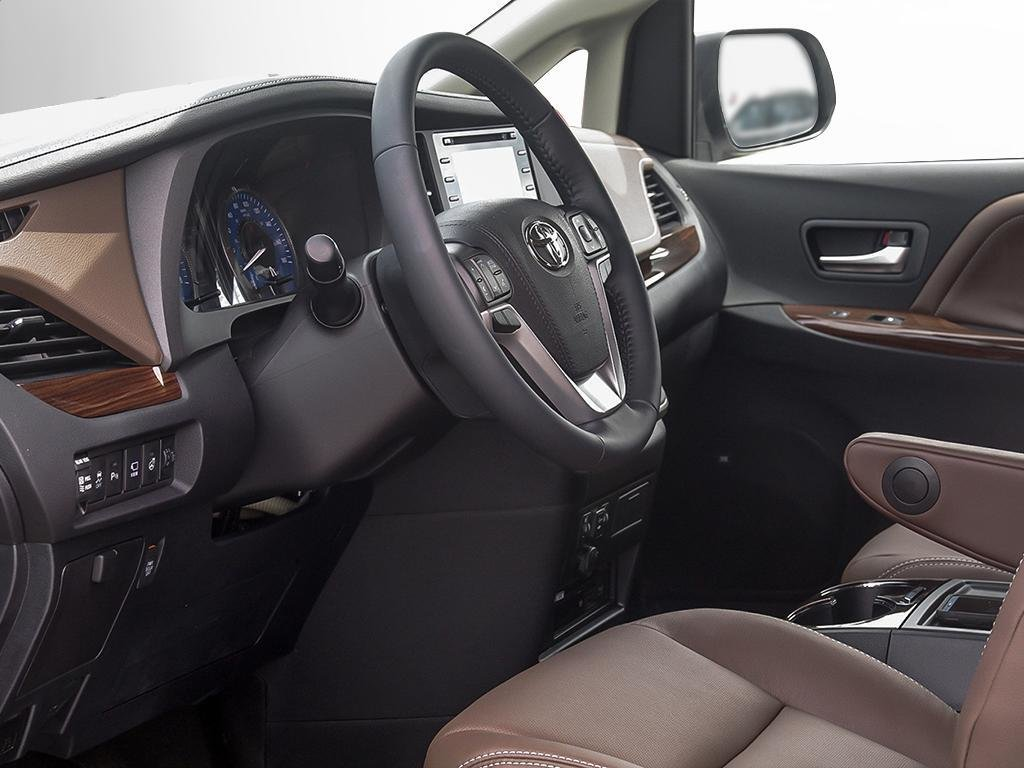 Toyota Sienna XLE AWD 7-Passenger V6 2020 à Verdun, Québec - 12 - w1024h768px
