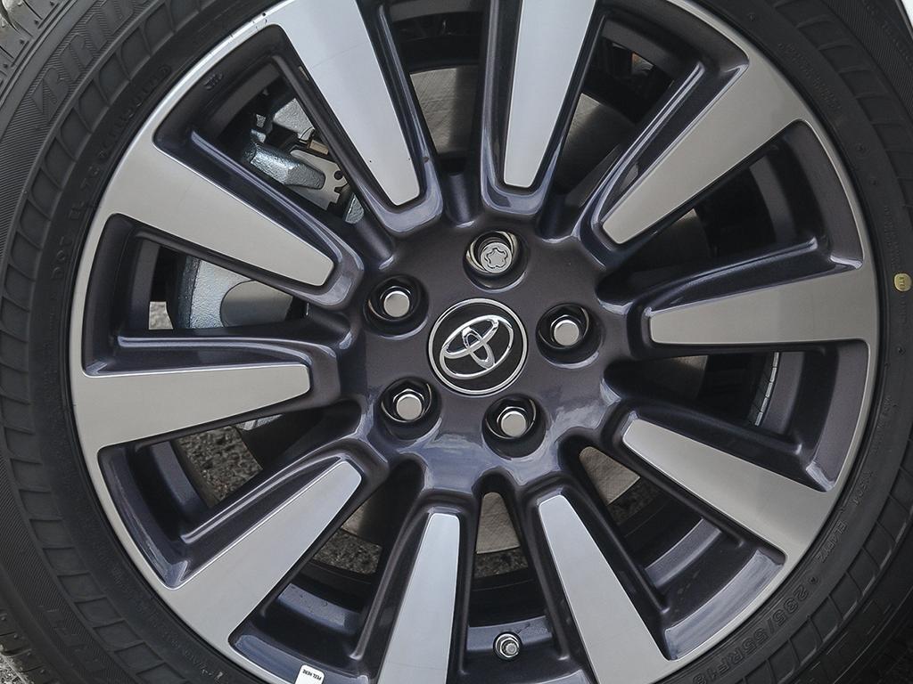 Toyota Sienna XLE AWD 7-Passenger V6 2020 à Verdun, Québec - 8 - w1024h768px