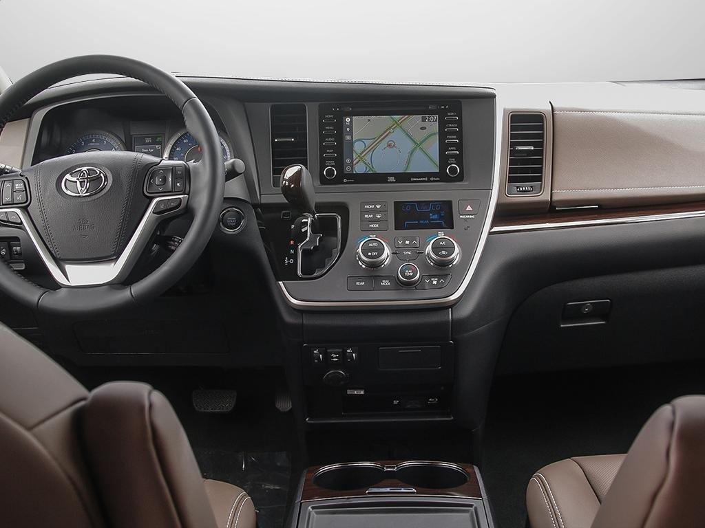 Toyota Sienna XLE AWD 7-Passenger V6 2020 à Verdun, Québec - 21 - w1024h768px