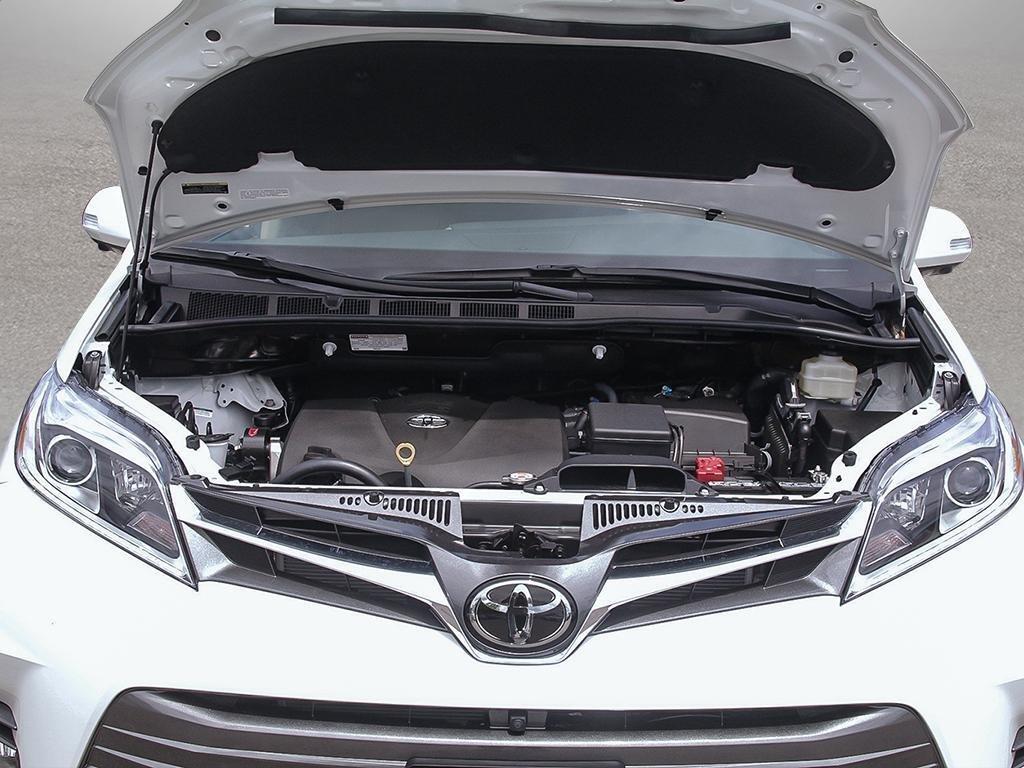 Toyota Sienna XLE AWD 7-Passenger V6 2020 à Verdun, Québec - 6 - w1024h768px