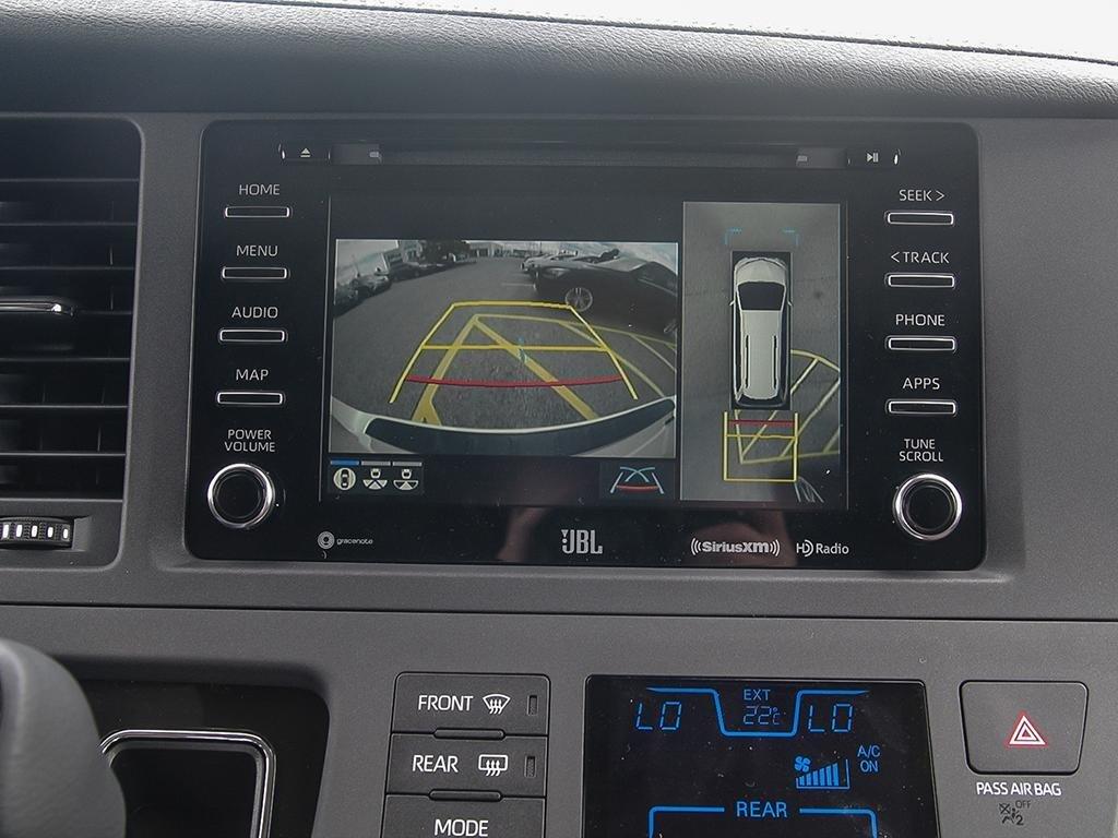 Toyota Sienna XLE AWD 7-Passenger V6 2020 à Verdun, Québec - 18 - w1024h768px