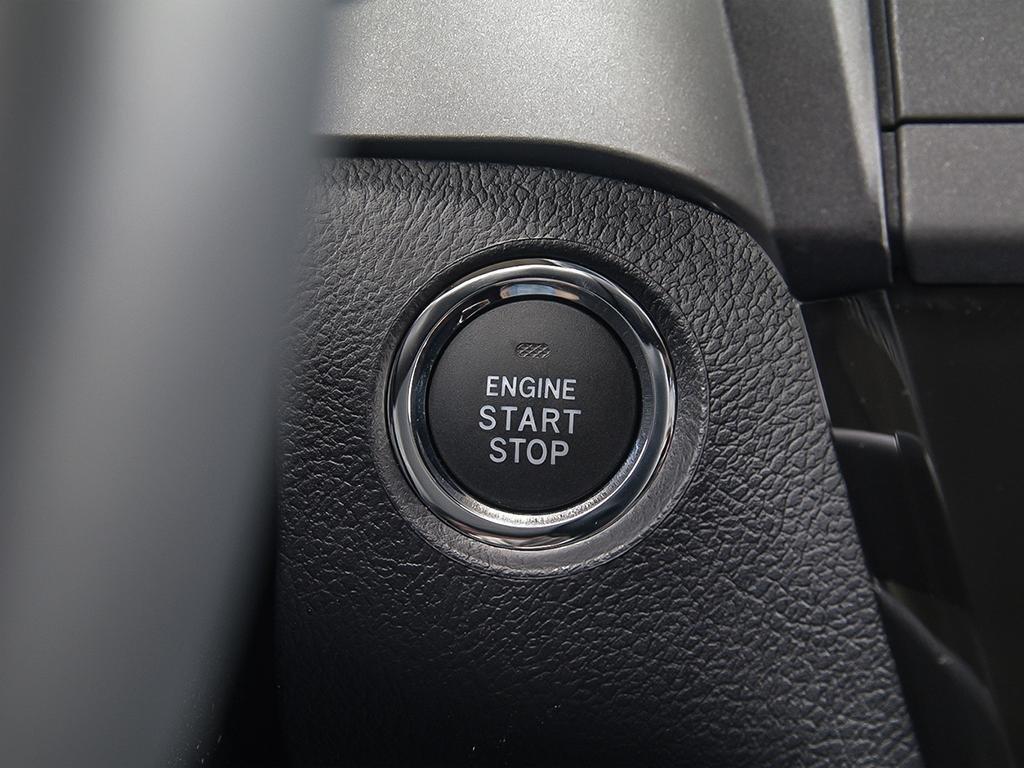 Toyota Sienna XLE AWD 7-Passenger V6 2020 à Verdun, Québec - 22 - w1024h768px