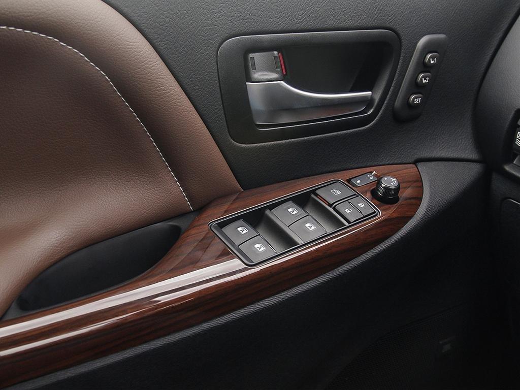Toyota Sienna XLE AWD 7-Passenger V6 2020 à Verdun, Québec - 16 - w1024h768px