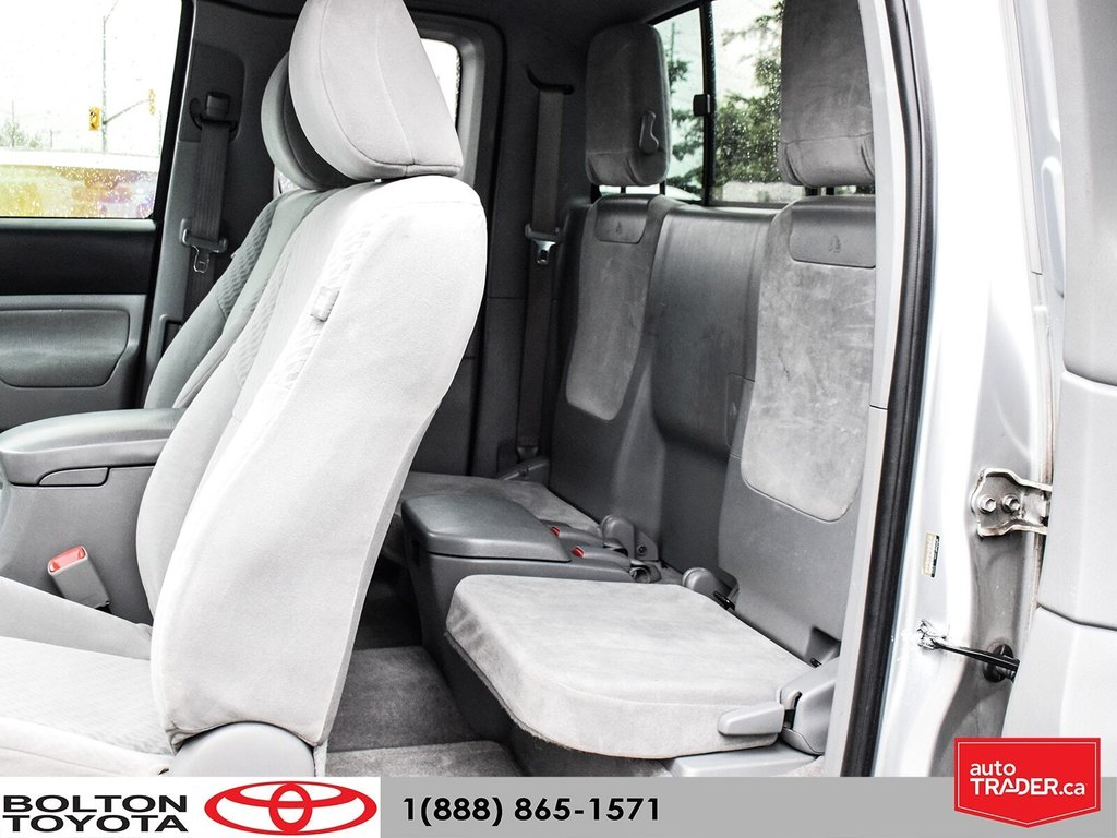2011 Toyota Tacoma 4x4 Access Cab 5M in Bolton, Ontario - 12 - w1024h768px