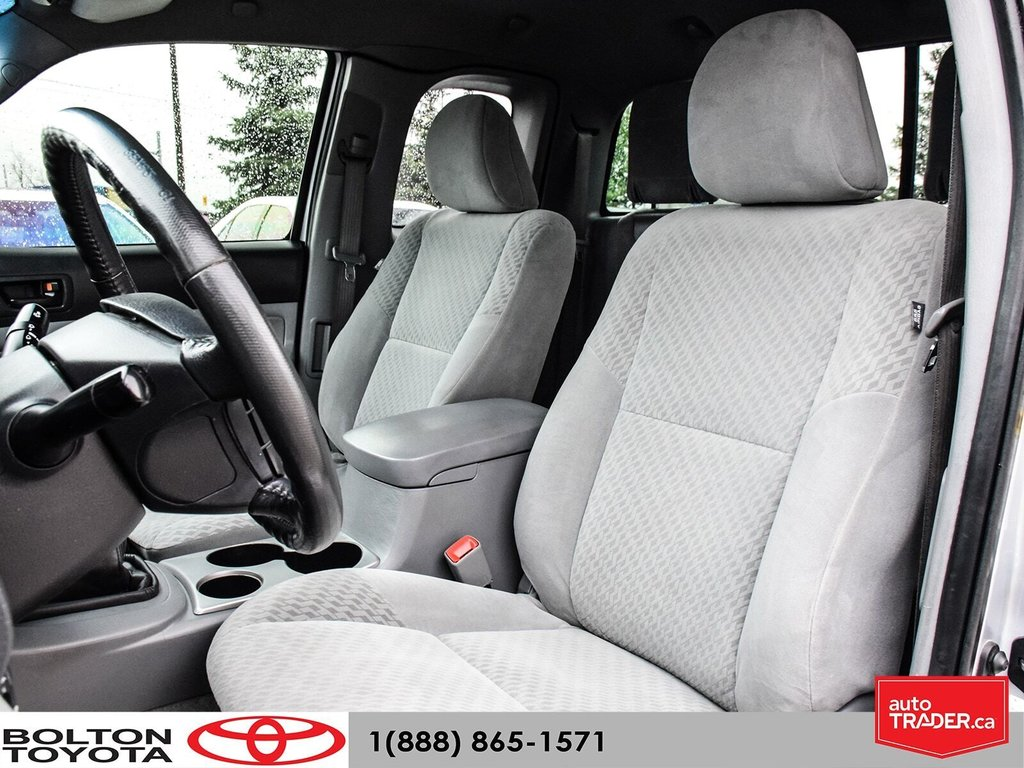 2011 Toyota Tacoma 4x4 Access Cab 5M in Bolton, Ontario - 11 - w1024h768px