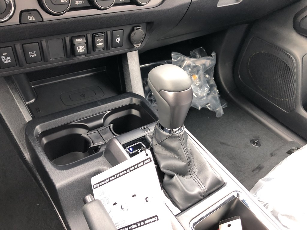 2019 Toyota Tacoma SR5 in Bolton, Ontario - 15 - w1024h768px