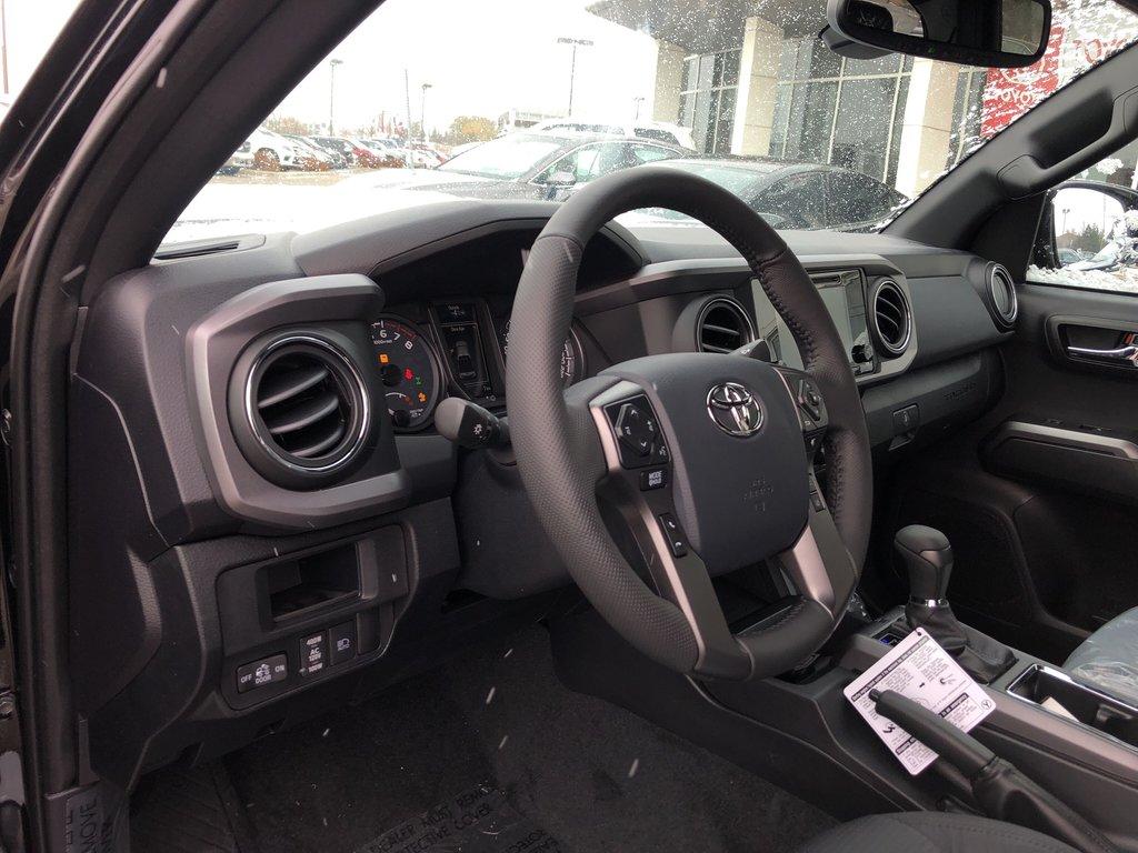 2019 Toyota Tacoma SR5 in Bolton, Ontario - 10 - w1024h768px