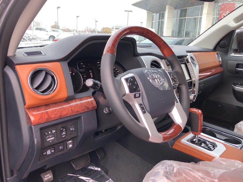 2019 Toyota Tundra Platinum in Bolton, Ontario - 10 - w1024h768px