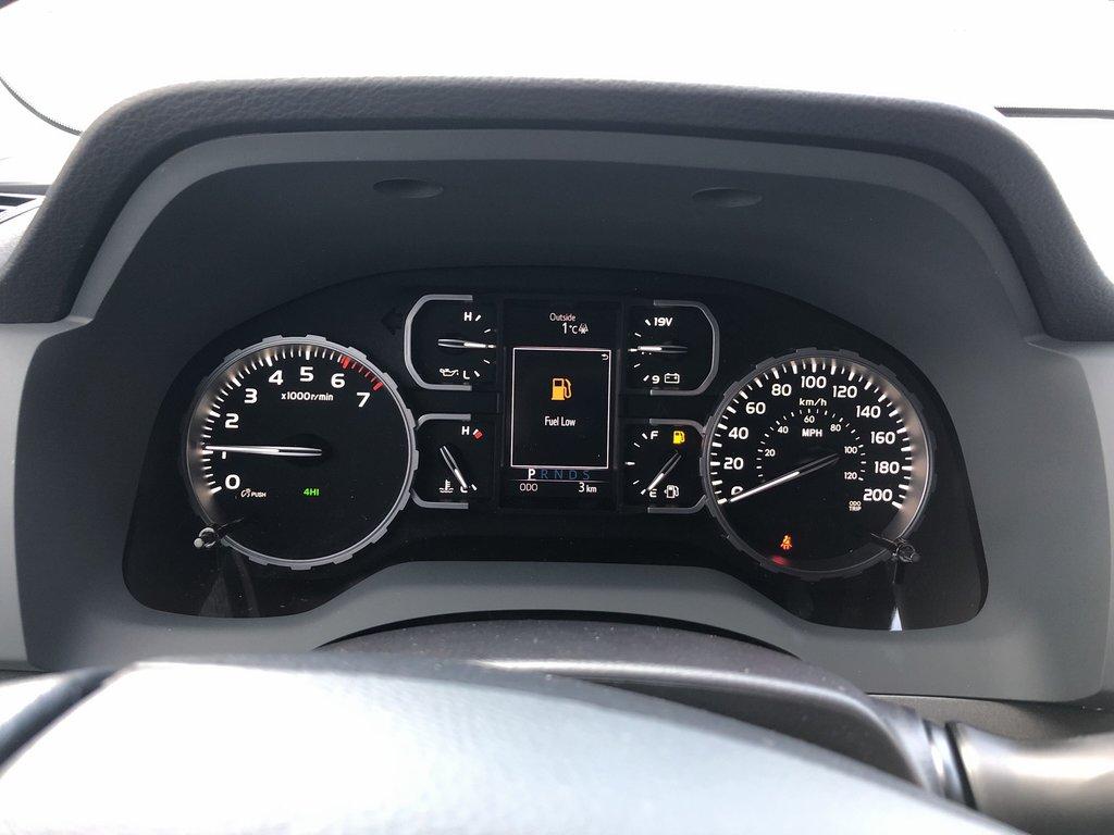 2019 Toyota Tundra SR5 Plus in Bolton, Ontario - 13 - w1024h768px
