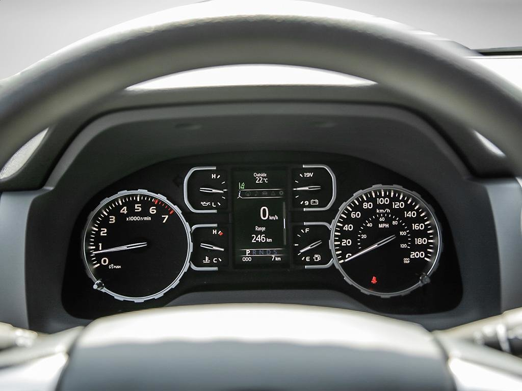 Toyota Tundra 4x4 CrewMax SR5 Plus 5.7 6A 2019 à Verdun, Québec - 14 - w1024h768px