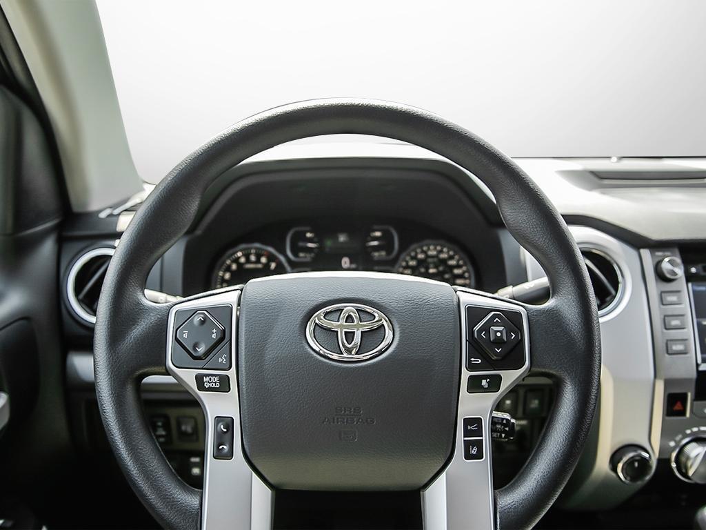 Toyota Tundra 4x4 CrewMax SR5 Plus 5.7 6A 2019 à Verdun, Québec - 13 - w1024h768px